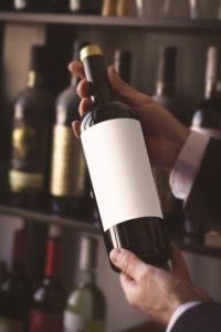 Cómo guardar el vino correctamente y mantenerlo en perfecto estado, según los expertos